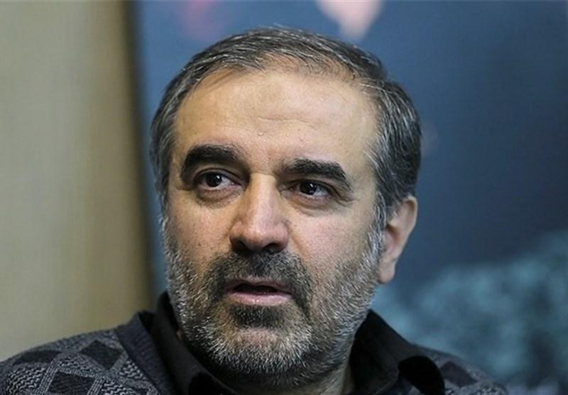 محمدکاظم انبارلویی طی یادداشتی در روزنامه رسالت نوشت